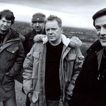 New Order vem ao Brasil em 2016