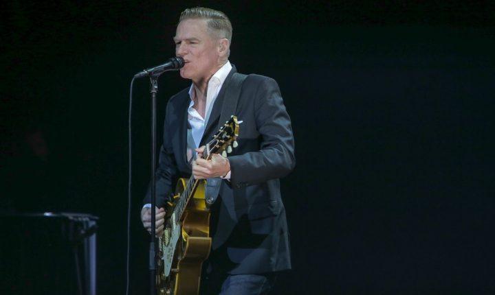 Bryan Adams anuncia shows no Brasil em outubro