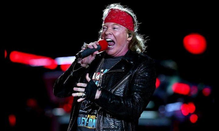Guns N' Roses volta ao Brasil para show no Lolla de 2020