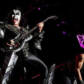 Kiss volta a tocar no Brasil em maio